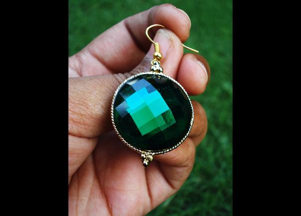 Large-emeraldi