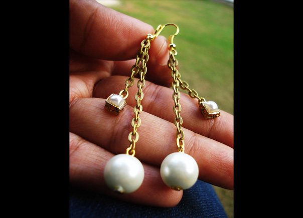 Pearl-danglers