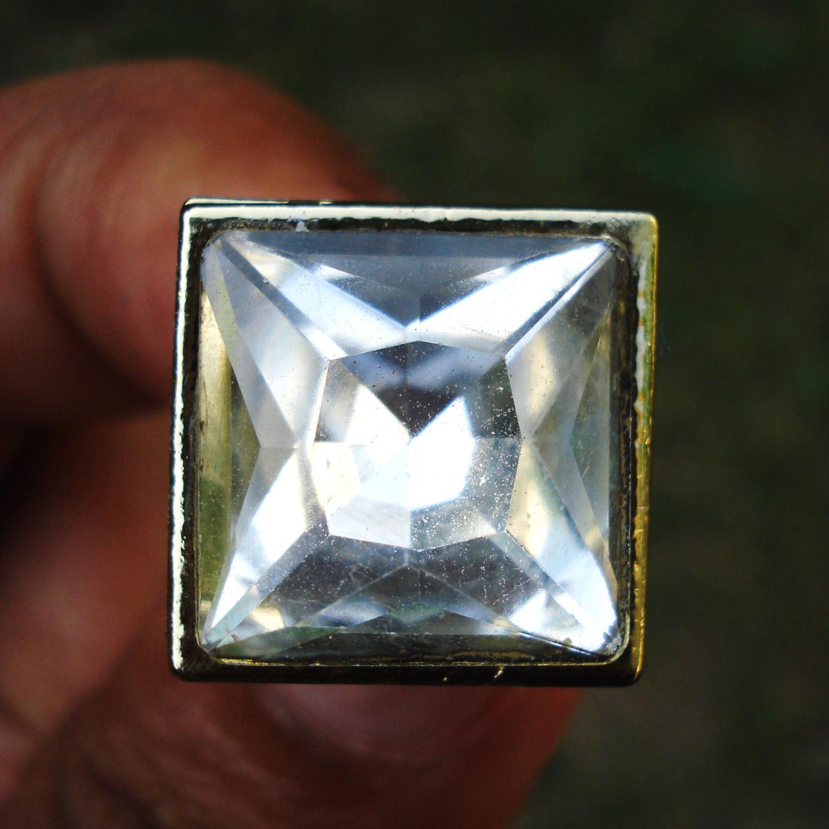 diamante-stud_sq