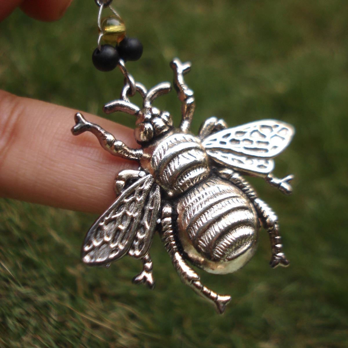 bumblebee_edited-1